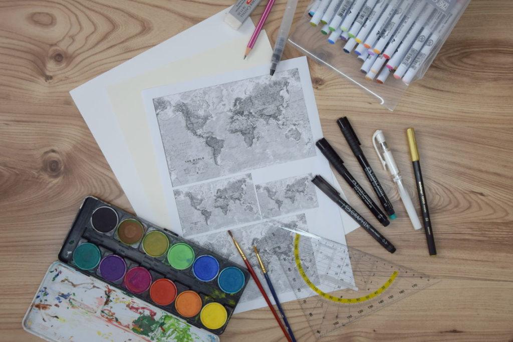 Handlettering Welt entdecken Material